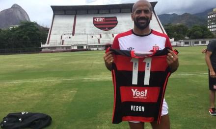 Adversário do Botafogo, Estudiantes treina na Gávea
