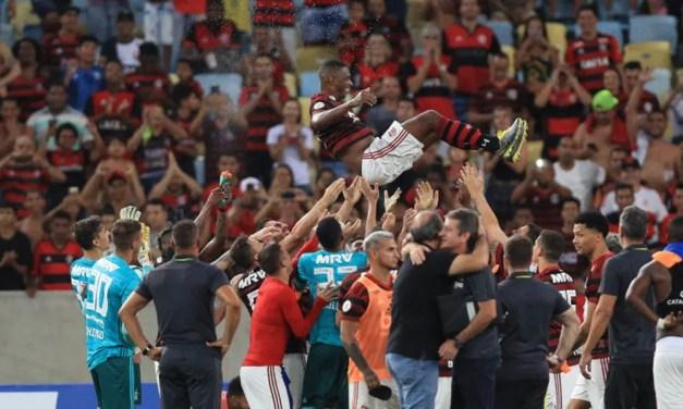 Na despedida de Juan, Flamengo vence Cruzeiro e chega a 8 jogos de invencibilidade contra Raposa no Brasileirão
