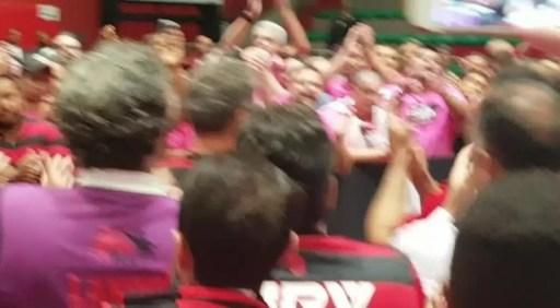 chapa-roxa-comemoração
