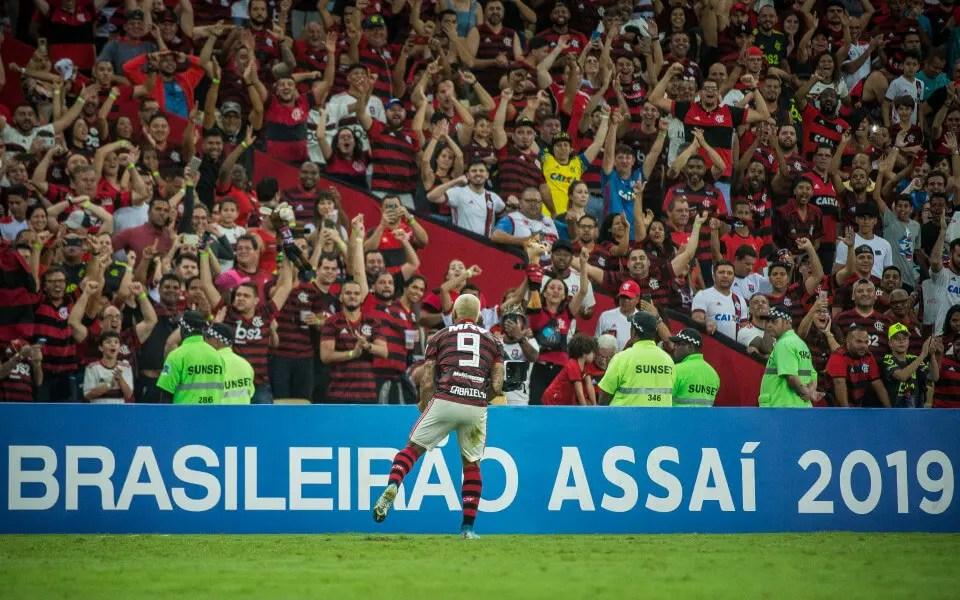 Gabigol precisou de 15 jogos para igualar marca de 3 anos de Guerrero pelo Flamengo