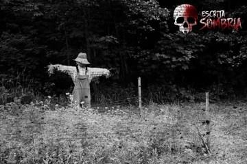 história de terror o espantalho 2