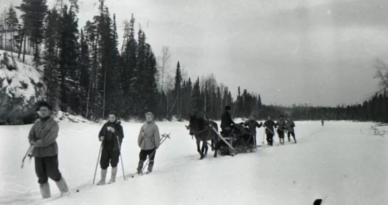 os alunos que caminhavam a otorten tomariam a futura Dyatlov Pass como caminho