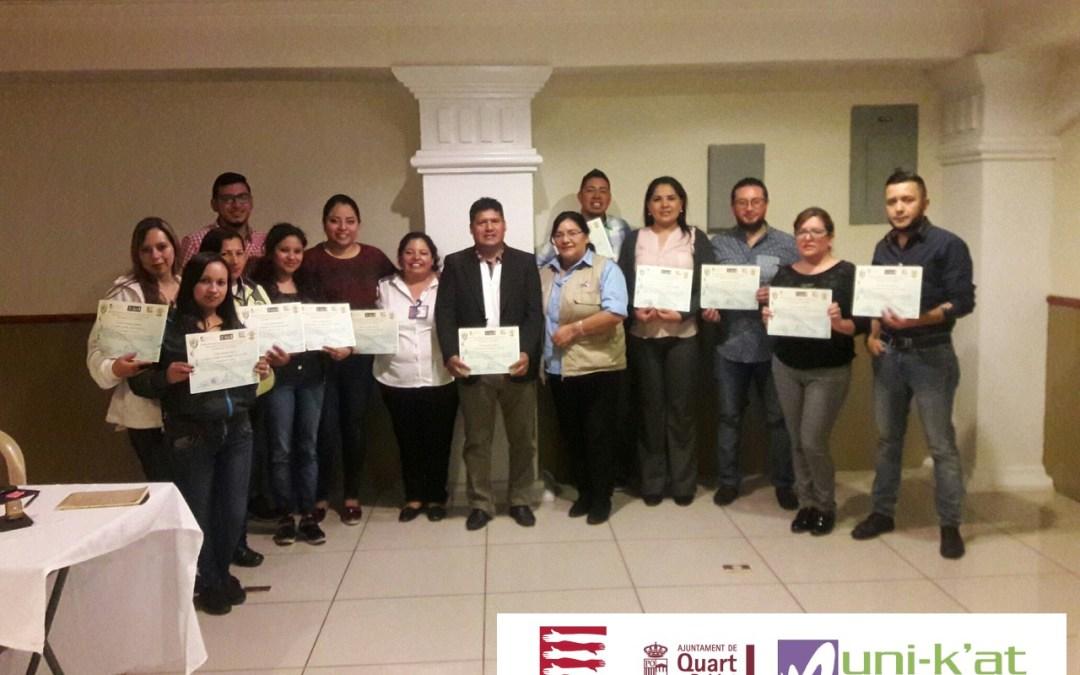 Colectivos y funcionarios municipales del Municipio de Salcajá sensibilizados con aprendizaje en vocabulario básico en lengua de señas para una comunicación Inclusiva.