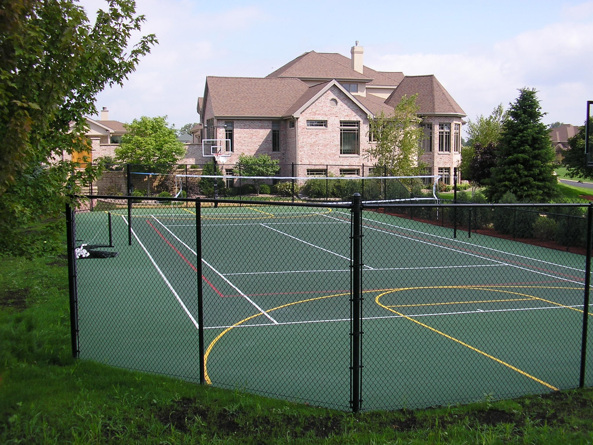 Milwaukee tennis court construction, milwaukee, tennis court, basketball court,