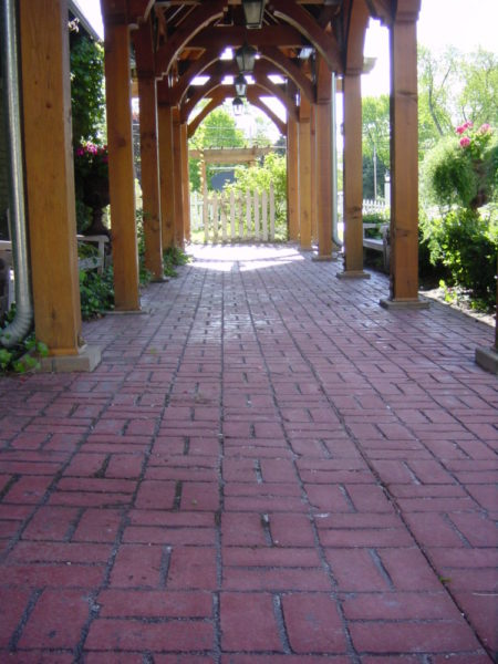 Concrete contractor residential Milwaukee Wisconsin, paving