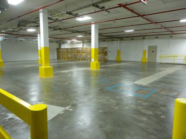 Commercial Concrete, Concrete repair, Concrete Patching, indoor concrete, concrete paving, Milwaukee