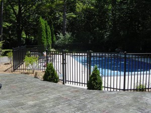 Milwaukee residential Fencing, Pool Fencing, Fencing Contractors