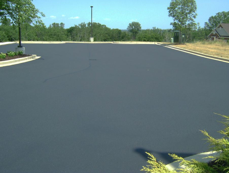 Seal coating Milwaukee, Commercial Seal Coating, Waukesha Seal Coating, sealcoating