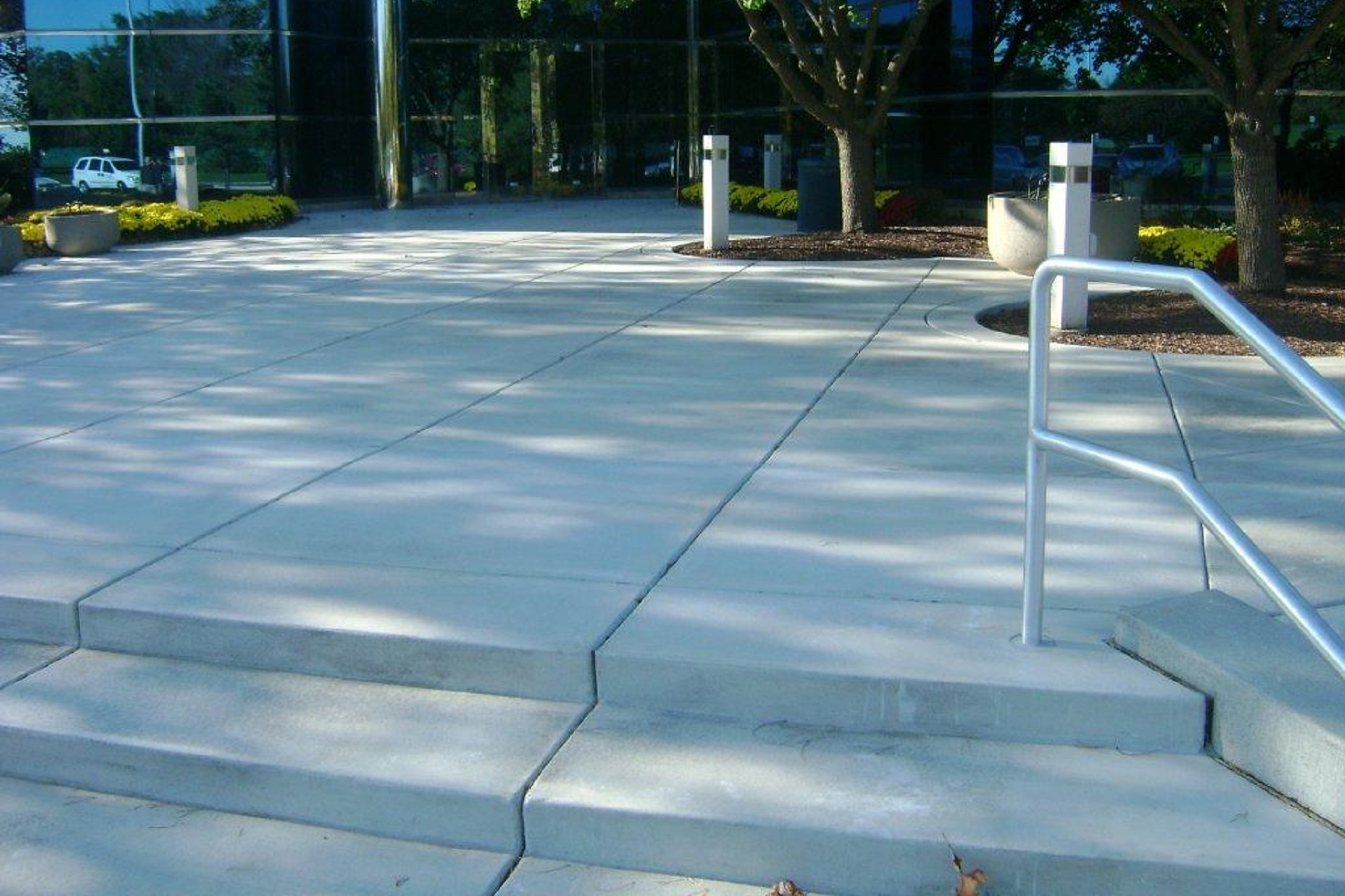 comercial Concrete Paving, Paving, Milwaukee, Concrete Contractor Wisconsin, Stamped Concrete, paving