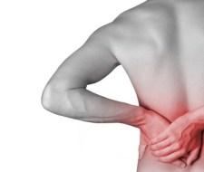 Das zusätzliche Gewicht kann Rückenschmerzen verursachen