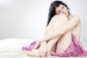 Haare entfernen: Zucker und andere Verfahren