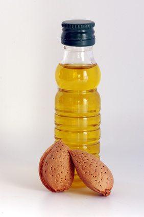 Mandelöl: Vorteile für die Gesundheit und Schönheit