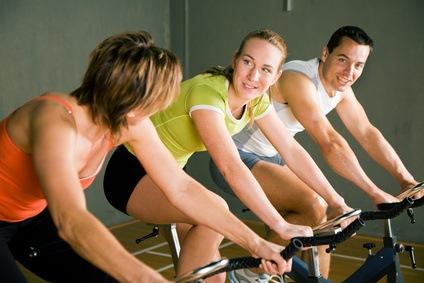 Nehmen Sie 3 Kilo pro Monat ab mit dem Elliptical Spinning Bike