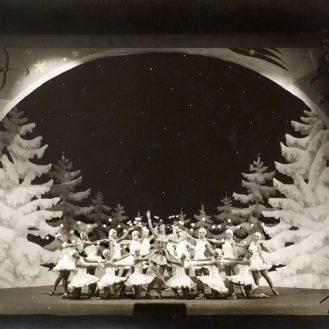 Fotografija s premijere iz 1931., Foto Tonka, Zavod za povijest hrvatske književnosti, kazališta i glazbe HAZU