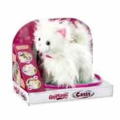 Animagic kissa Cassy talutettava
