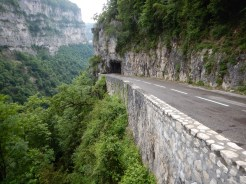 Another impressive balcony road, this time with tunnel
