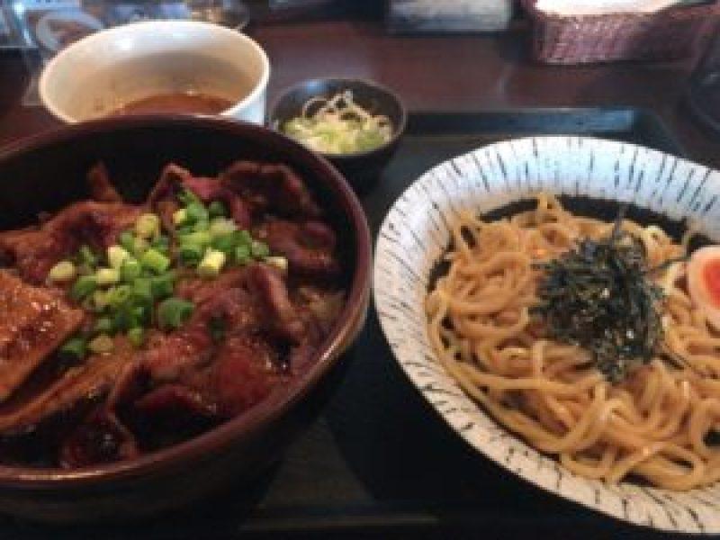 浜松、豚丼、笑門