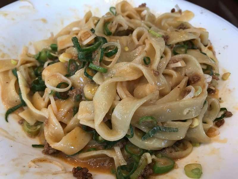 中華料理旬華咲兆の平打ち麺