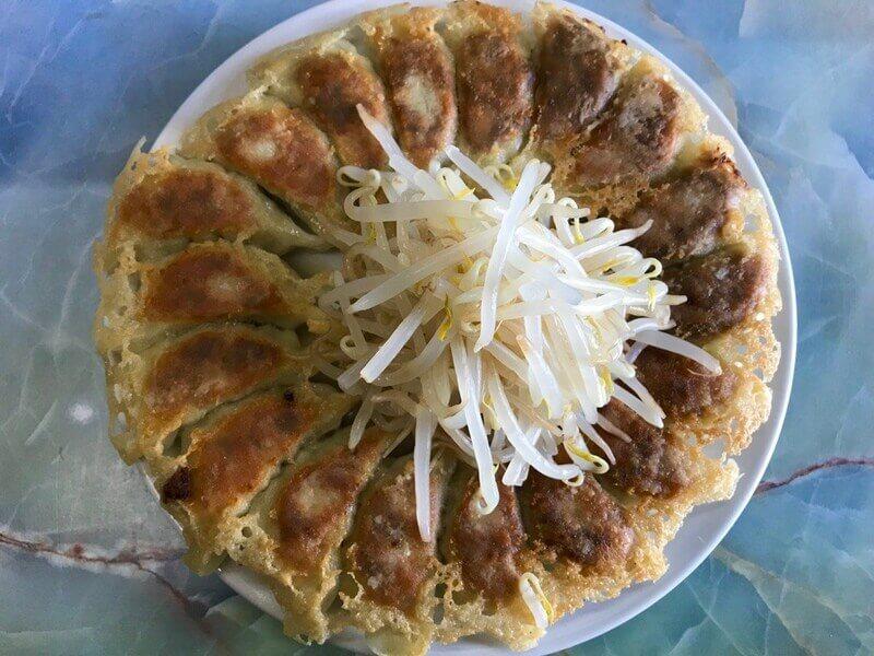 むつ菊の浜松餃子