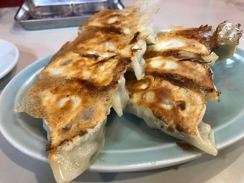 末広飯店の浜松餃子