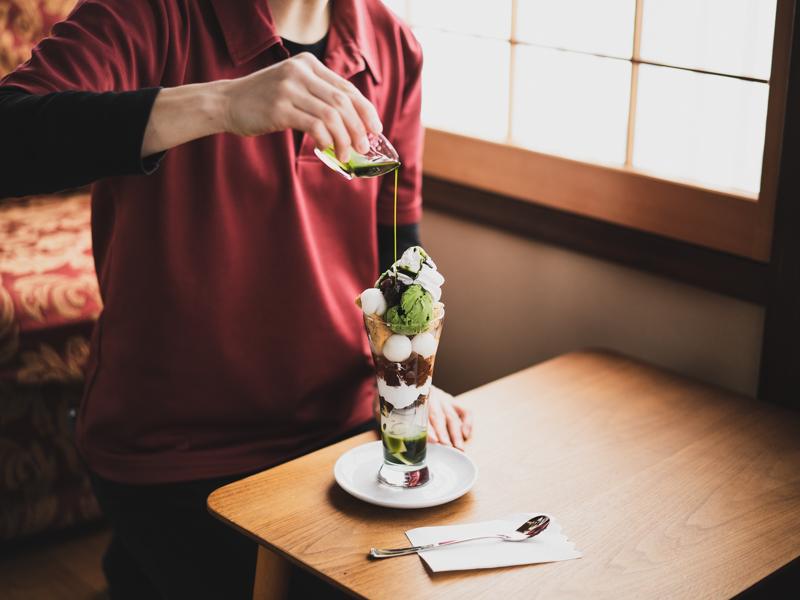 角打ち茶屋の抹茶パフェ