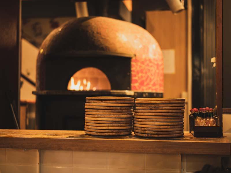 炭火バルMabuchiマブチ浜松店の石窯