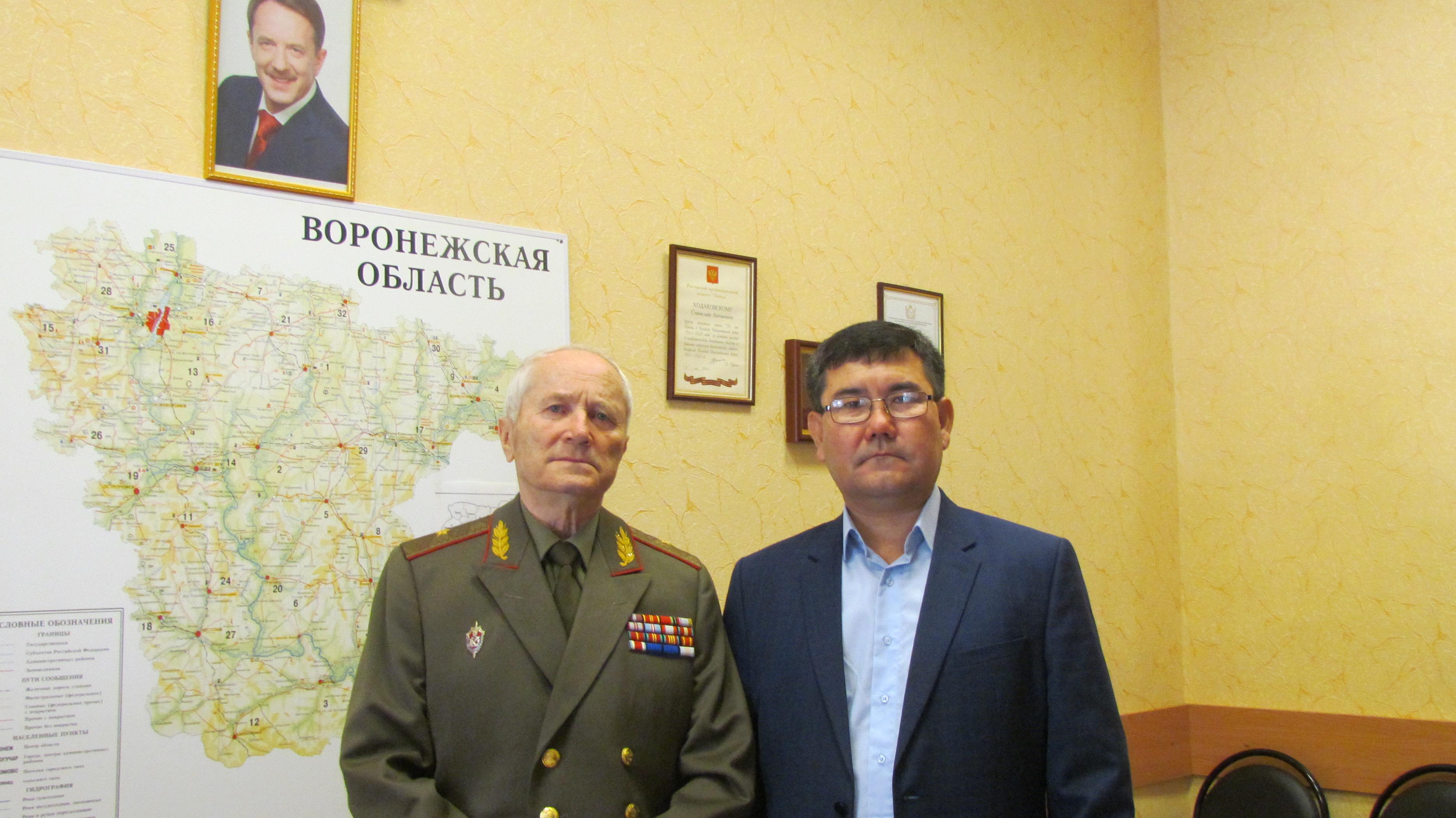 Почетный консул с Ходоковским С.А.