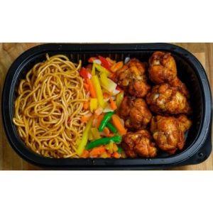 Middag - Varm lunsj - Kyllingklubber,nudel,grønnsaker