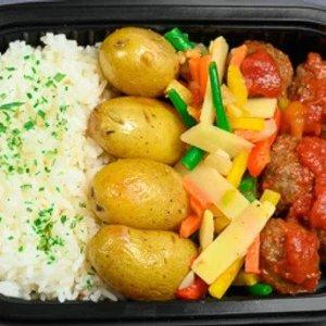 Kjøttboller,grønnsaker,potet,ris