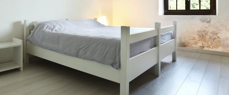 Schimmel in de slaapkamer Oorzaken  Oplossingen