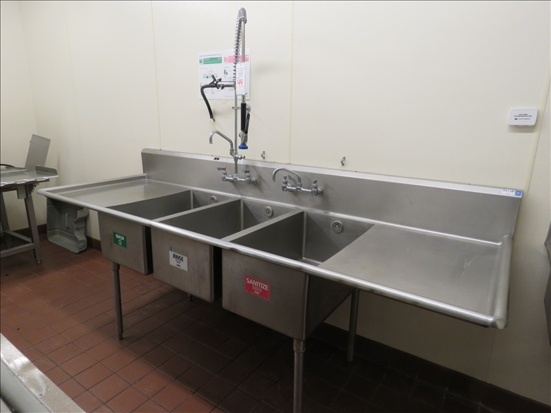 103 ss 3 compartment deep sink w dual