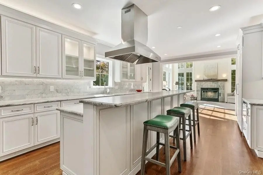 Murphy Brothers Contracting Larchmont Tudor 5