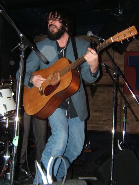 Rodney DeCroo playing live