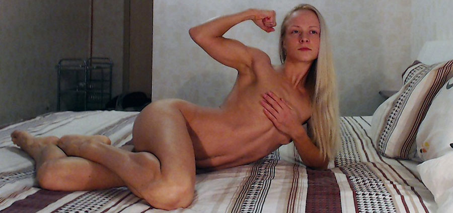 cute muscle camgirl tinnysue