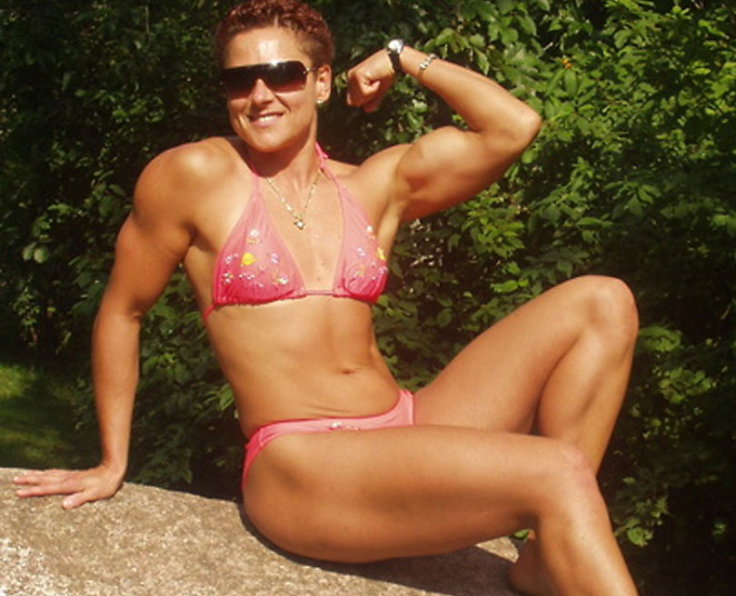 canadian female bodybuilder cougar flamedragan