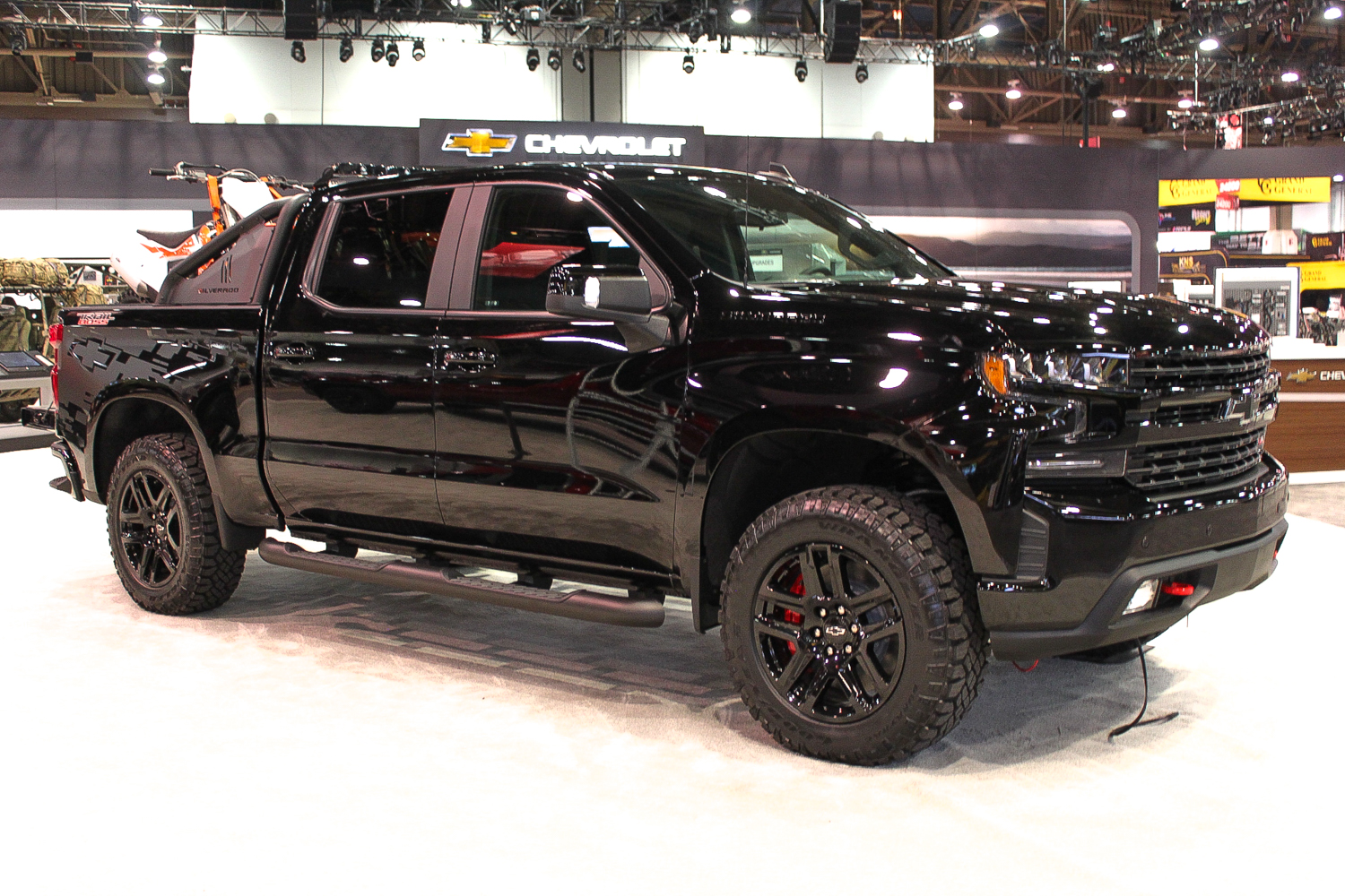 Chevy Midnight Edition >> 2020 Chevrolet Silverado 1500 Trail Boss Midnight Edition At