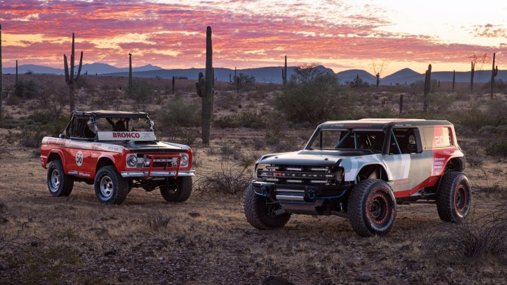 Ford Bronco Rough Riders Baja 1000 SCORE Ultra4 Best In the Desert King Of Hammers