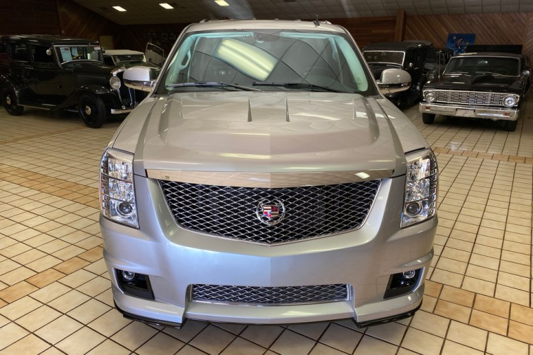 Cadillac Escalade-V