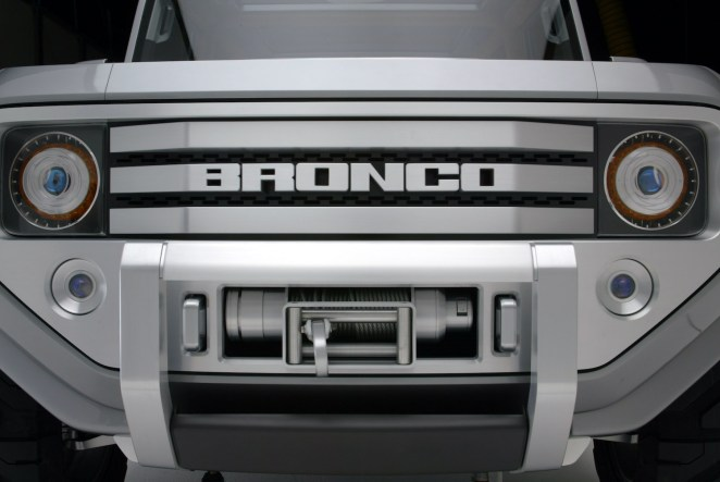 2004 Ford Bronco Design