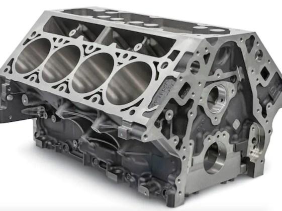 GM Chevrolet Performance L8T Crate Engine 6.6L Engine Block
