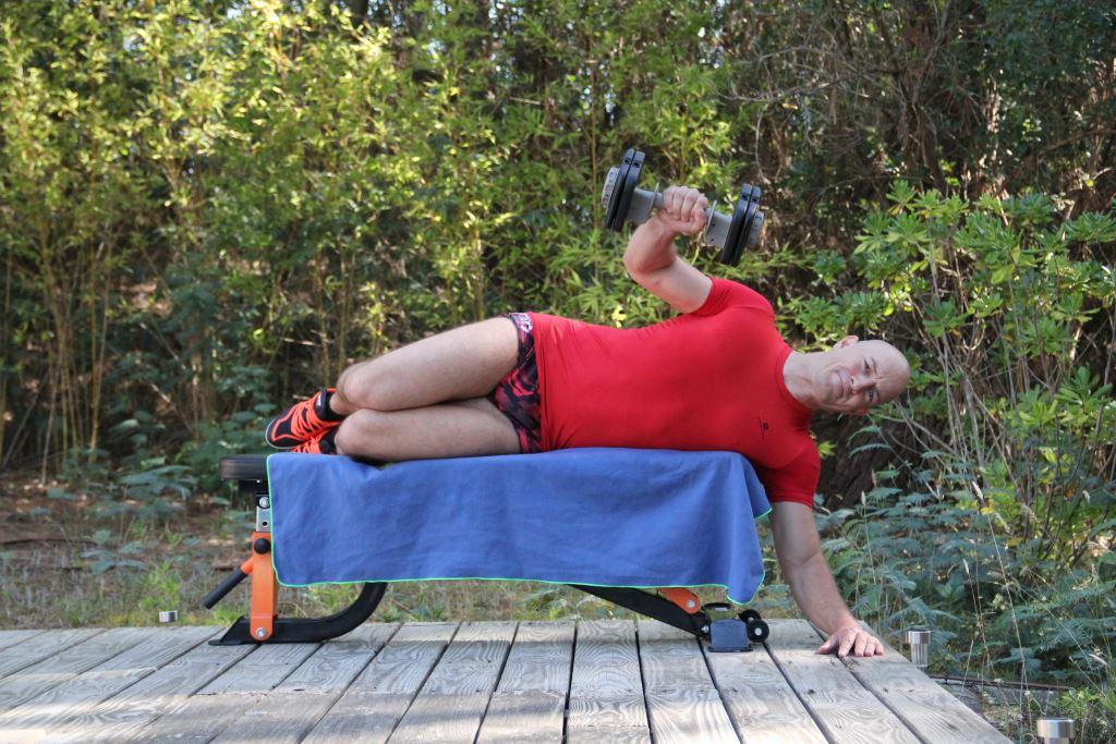 Rotation externe allongé avec haltère