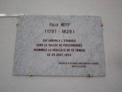 Dédicace à Félix Neff, temple des Viollins, à Freissinières