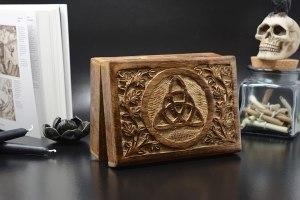 02-Caja para tarot con triqueta celta