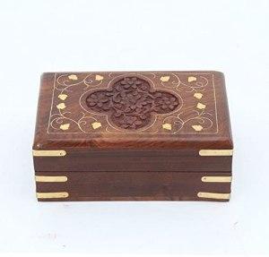 03-Caja para tarot floral con incrustaciones de latón