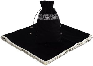 04-Mantel y bolsita para tarot - Negro