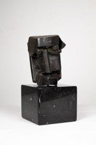 """""""Cristo gótico"""" 1930 : bronce 14.5 x 10 x 10.5 cm"""
