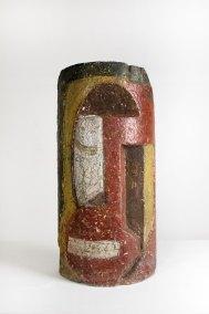 """""""Máscara"""" 1942 : piedra policromada 57.7 x 28.5 x 15.5 cm"""