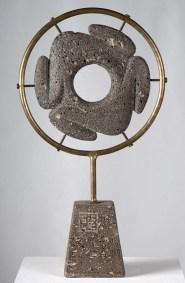 Rana | 2014 Talla sobre piedra basáltica 64 x 36 x 10 cm