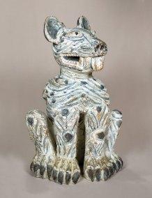 """Jaguar estriado"" : 2013 : talla en madera estucada : 95 x 61 x 54 cm"