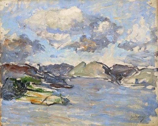Bahía con nubes